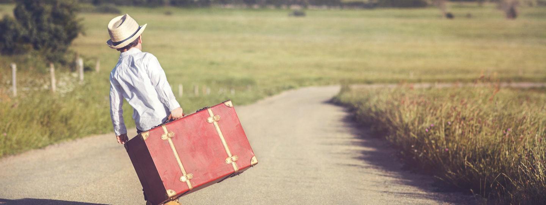 Stuff I Love: Kids' Travel Gear | Kelly Bourne | flying with kids, tips for travelling with kids